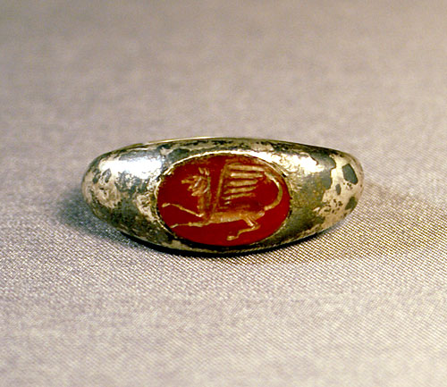 ca2bf64831576 Silver & Carnelian Seal Ring - WINGED GRIFFON c. 2nd-3rd Cent AD